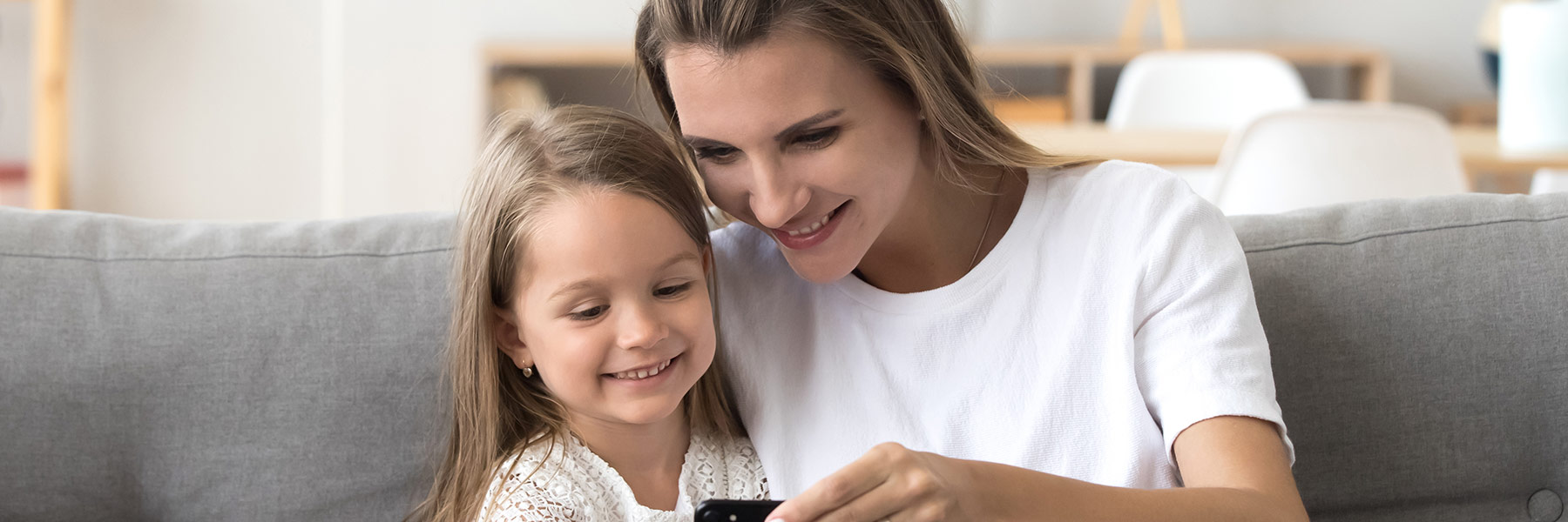 MyAir-mum-and-daughter-shutterstock_1231591525_188x600px-res-opt